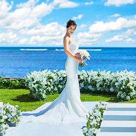 沖縄 ハワイ すべてガーデン付の結婚式